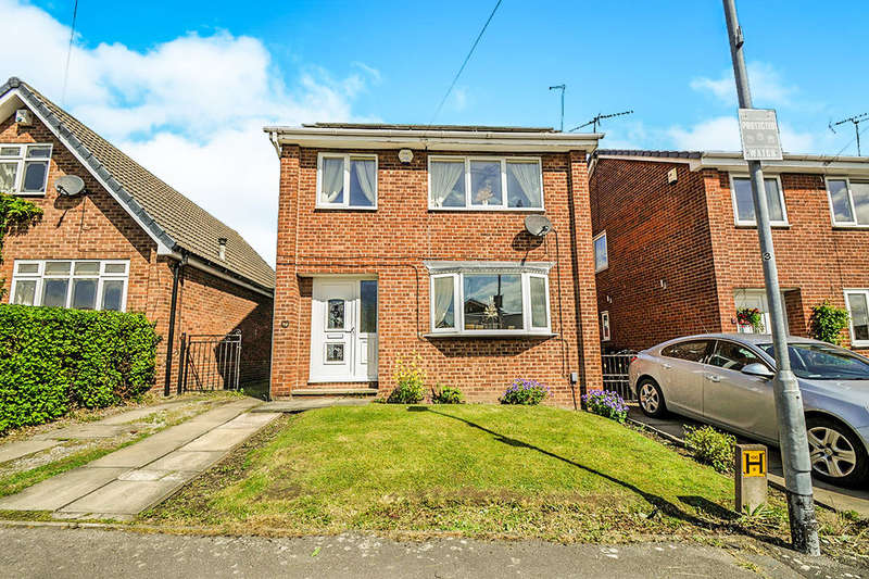 3 Bedrooms Detached House for sale in Pine Hall Drive, Barnsley, S71
