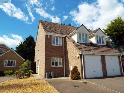 3 Bedrooms Semi Detached House for sale in Haddenham, Ely, Cambridgeshire