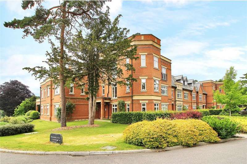 3 Bedrooms Apartment Flat for sale in Drummond Hall, Swaylands, Penshurst Road, Penshurst, TN11