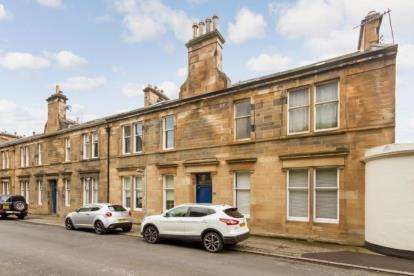 4 Bedrooms Flat for sale in Maxwellton Road, Paisley