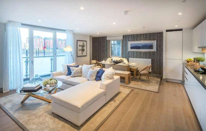2 Bedrooms Flat for sale in Ivory House West, Plantation Wharf, SW11