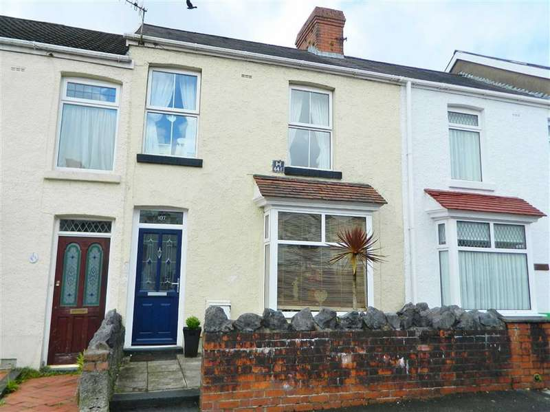 3 Bedrooms Terraced House for sale in Manor Road, Manselton