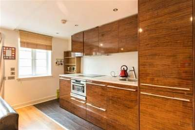 2 Bedrooms Flat for rent in Enfield House, City Centre, NG1 7DG