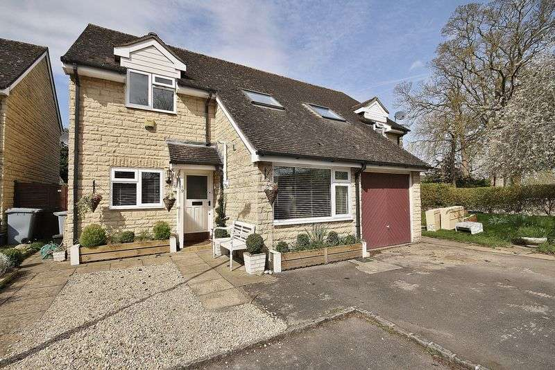 3 Bedrooms Property for sale in Jacobs Close, Witney