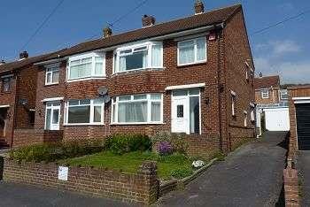 3 Bedrooms House for sale in Cranborne Road, East Cosham, Portsmouth, PO6 2BG