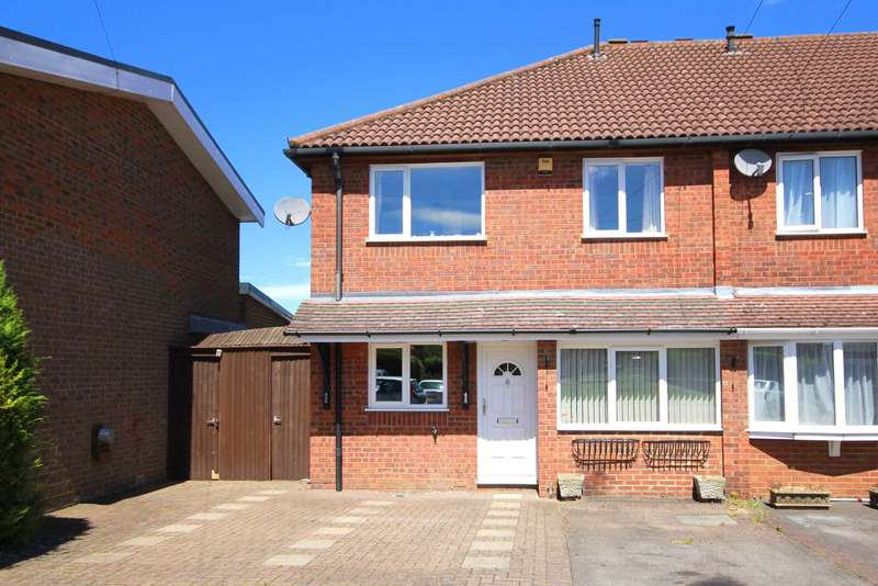 4 Bedrooms House for sale in OVER 1150 SQ FT 4 BED TRIPLE DRIVE IN Gammon Close, HP3