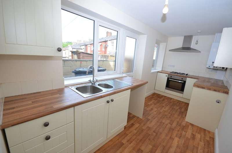 3 Bedrooms Terraced House for sale in Argyle Street, Darwen