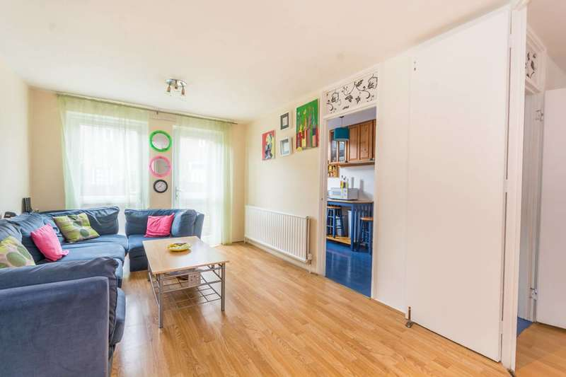 3 Bedrooms Flat for sale in Staveley Close, Islington, N7
