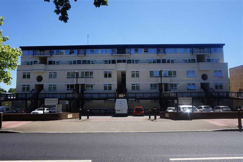 2 Bedrooms Flat for sale in Southill Court, 107 Westmoreland Road, Bromley