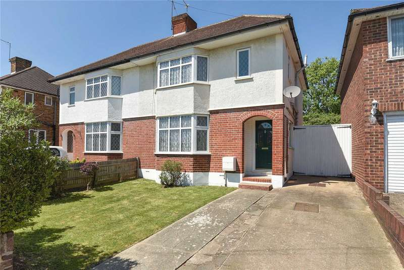 3 Bedrooms Semi Detached House for sale in West Mead, Ruislip, Middlesex, HA4