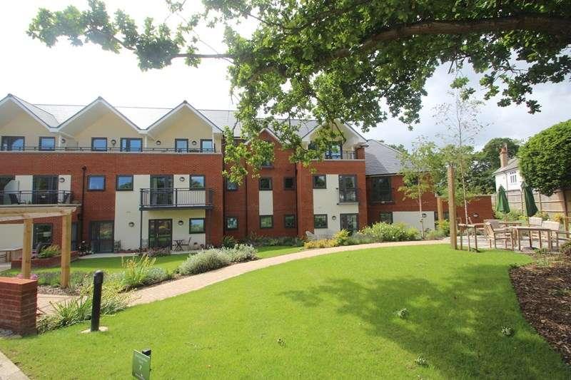 Retirement Property for sale in Hamble Lane, Hamble, Southampton