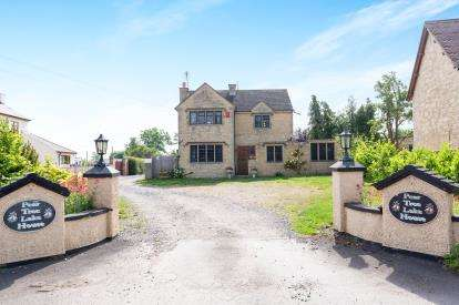4 Bedrooms Detached House for sale in Boddington Road, Staverton, Cheltenham, Gloucestershire
