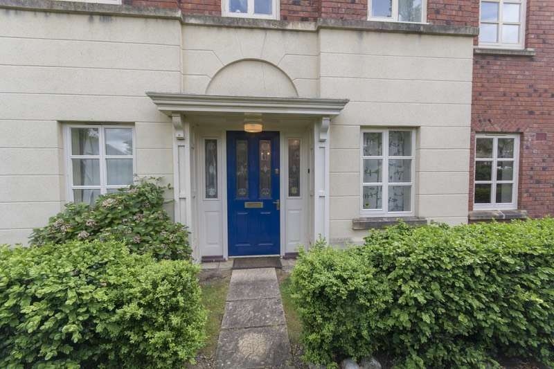 2 Bedrooms Flat for sale in Burlington Place, Shrewsbury, Shropshire, SY3
