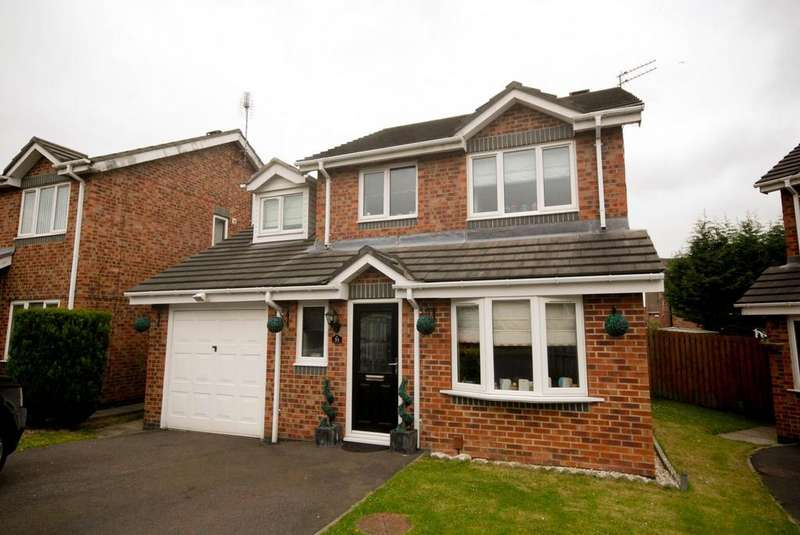 3 Bedrooms Detached House for sale in Queens Crescent, Hebburn