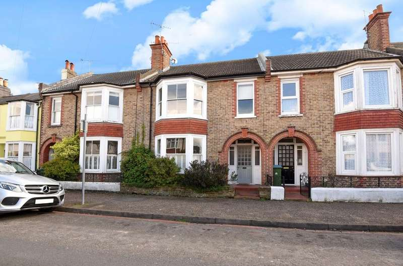 4 Bedrooms Semi Detached House for sale in Wood Street, Bognor Regis, PO21