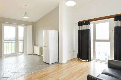 2 Bedrooms Flat for sale in Jim Driscoll Way, Cardiff, Caerdydd, Cardiff
