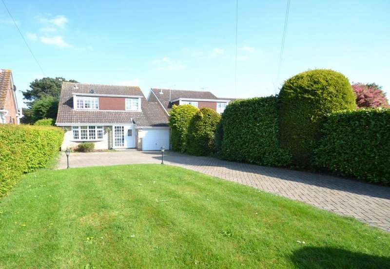 4 Bedrooms Detached House for sale in High View Rise, Crays Hill, Billericay, Essex, CM11