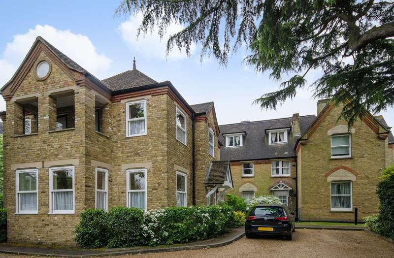 3 Bedrooms Maisonette Flat for sale in Mount Park Road, Harrow on the Hill, HA1
