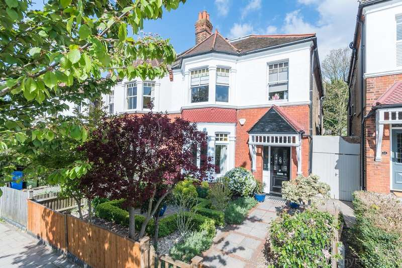 5 Bedrooms Semi Detached House for sale in Eynella Road East Dulwich