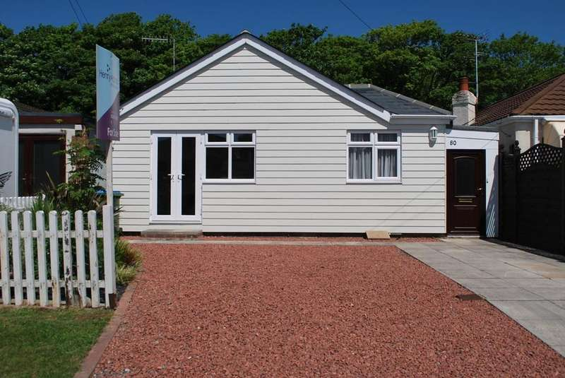 3 Bedrooms Detached Bungalow for sale in Ancton Way, Elmer Sands, Bognor Regis, PO22