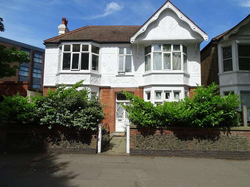 5 Bedrooms House for sale in Fielding Terrace, Uxbridge Road, Ealing