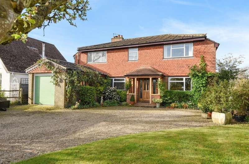 5 Bedrooms Detached House for sale in Lyons Road, Slinfold, RH13