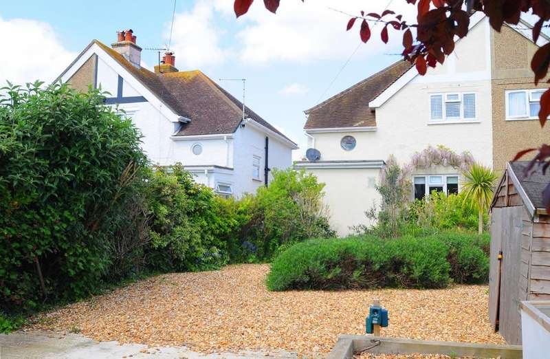 3 Bedrooms Semi Detached House for sale in Beach Road, Selsey, PO20