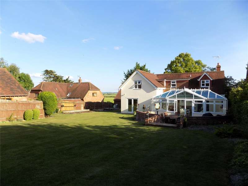 5 Bedrooms Detached House for sale in Palestine, Hampshire, SP11