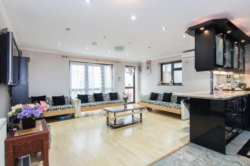 3 Bedrooms House for sale in London Road, Isleworth