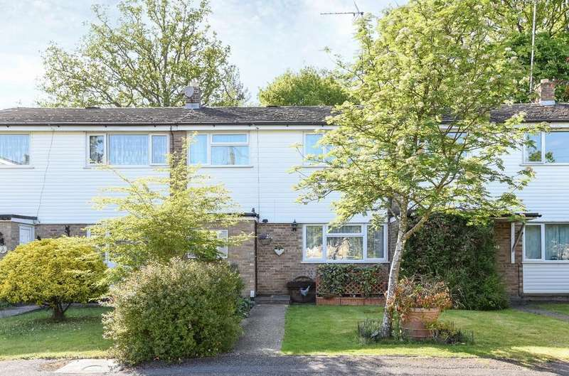 3 Bedrooms House for sale in Sherwood Close, Liss Forest, Liss, GU33