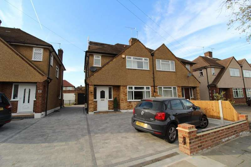 4 Bedrooms Semi Detached House for sale in Trent Avenue, Upminster, Essex, RM14