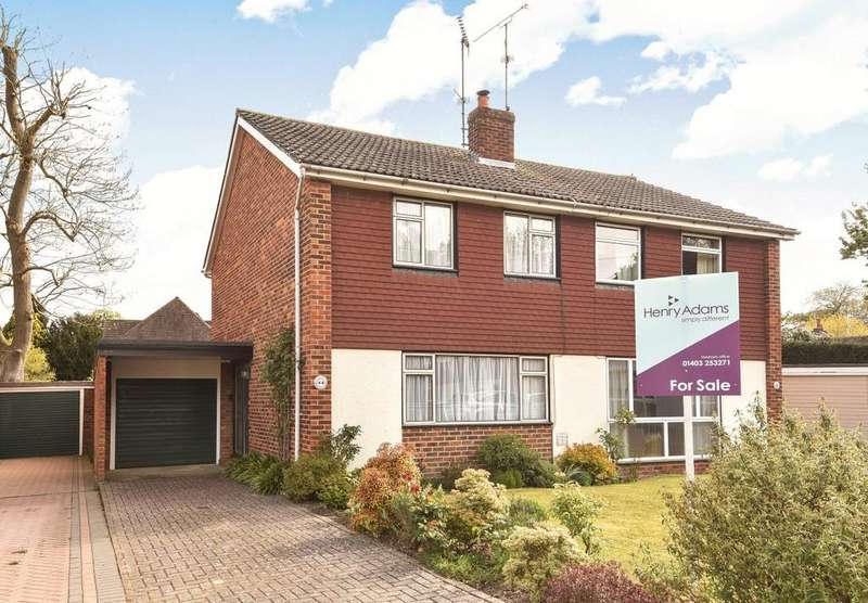3 Bedrooms Semi Detached House for sale in Collingwood Road, Horsham, RH12