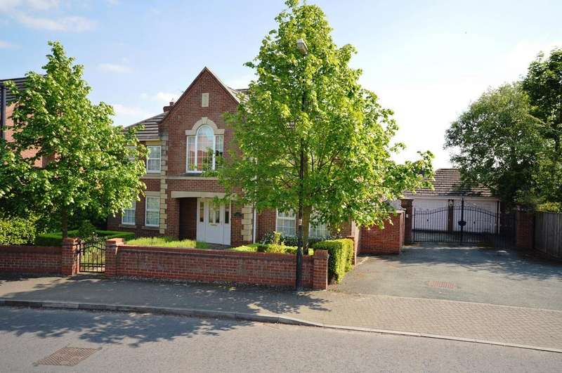 5 Bedrooms Detached House for sale in Lady Acre Close, Lymm