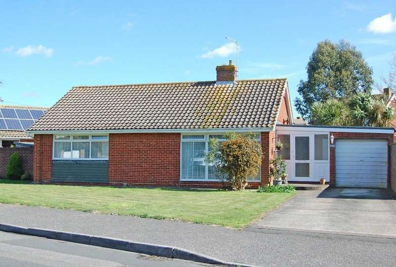 2 Bedrooms Detached Bungalow for sale in Churchill Avenue, West Meads, Bognor Regis, PO21