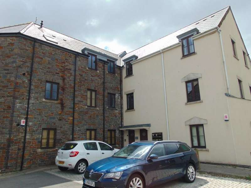 2 Bedrooms Apartment Flat for sale in 42 Chandlers Yard, Burry Port