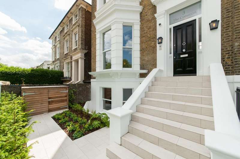 5 Bedrooms House for sale in The Common, Ealing