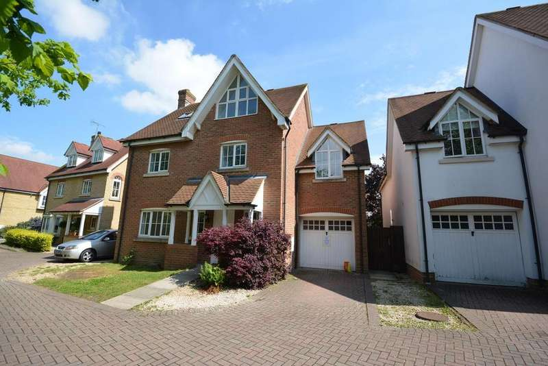 5 Bedrooms Detached House for sale in Grantham Avenue, Great Notley, Braintree, Essex, CM77