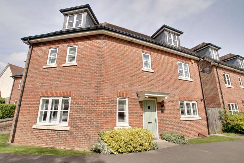 5 Bedrooms Detached House for sale in KNOWLE VILLAGE