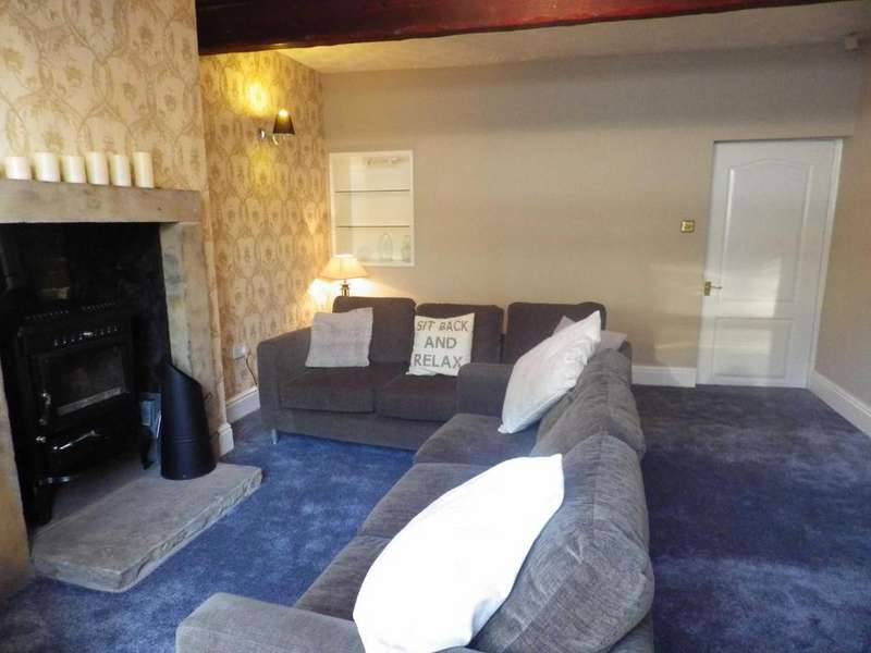 2 Bedrooms Terraced House for sale in Burnley Road East, Waterfoot, Rossendale, Lancashire, BB4