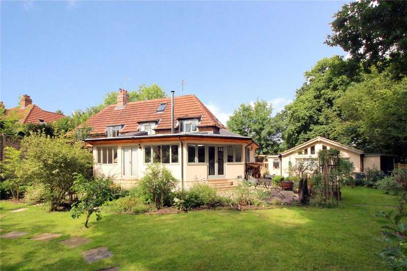 3 Bedrooms Semi Detached House for sale in Upper Close, Forest Row, East Sussex