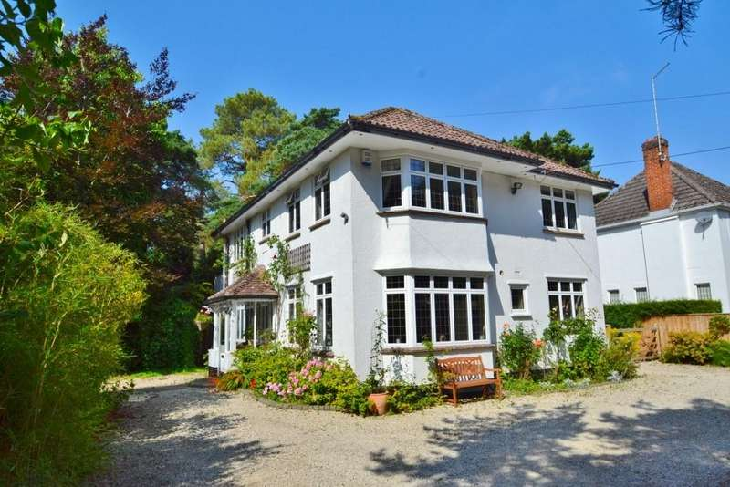 3 Bedrooms Detached House for sale in Ferndown