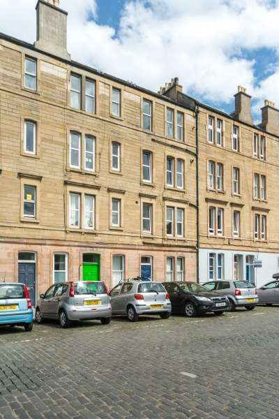 1 Bedroom Flat for sale in Iona Street, Leith, Edinburgh, EH6 8SP