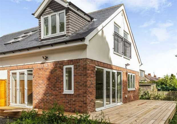 4 Bedrooms Detached Bungalow for sale in Pine Avenue, Newcastle upon Tyne, Tyne and Wear