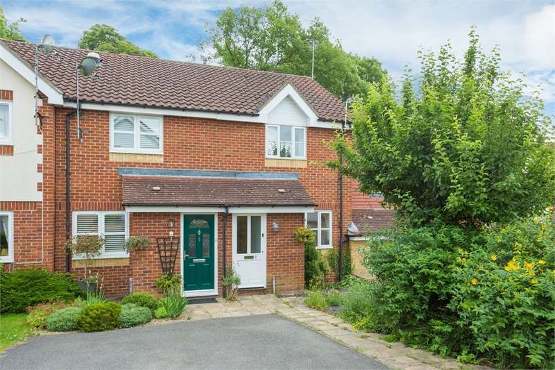 2 Bedrooms Terraced House for sale in Childs Avenue, Harefield, Middlesex
