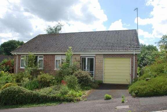 3 Bedrooms Detached Bungalow for sale in Tipton St. John