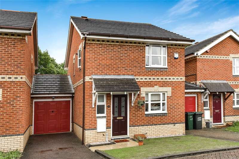 3 Bedrooms Link Detached House for sale in Cherry Hills, Watford, WD19