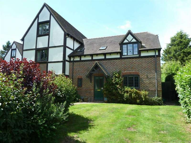 2 Bedrooms Flat for sale in Peppard Road, Sonning Common, Sonning Common Reading