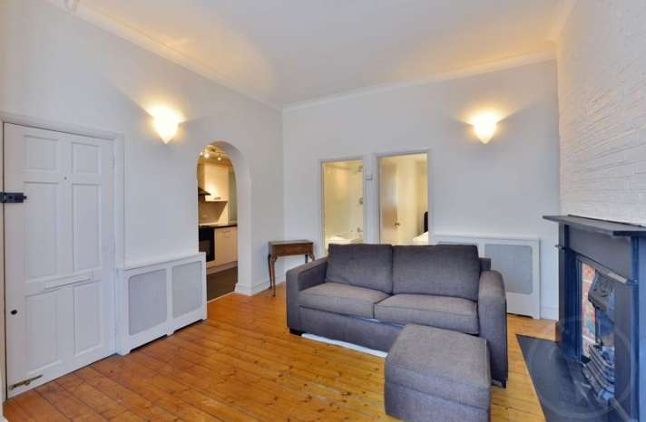 1 Bedroom Flat for sale in Frognal, Hampstead, London, NW3