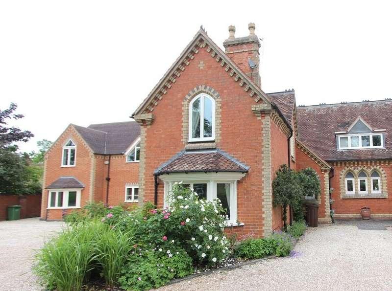 1 Bedroom Mews House for sale in Widney Road, Bentley Heath
