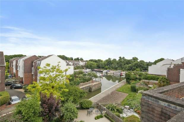 4 Bedrooms Town House for sale in Ibis Lane, Chiswick